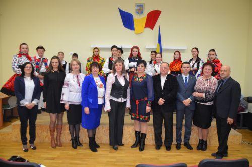 "Parteneriat între C.N. ""Doamna Stanca și Școala din Veleatino (Ucraina)"