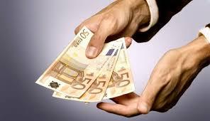 Trecerea la moneda euro pe masa Guvernului care va decide înfiinţarea unui Comitet  interministerial