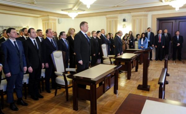 """Klaus Iohannis: """"Cred că președintele trebuie să inspire națiunea română"""""""