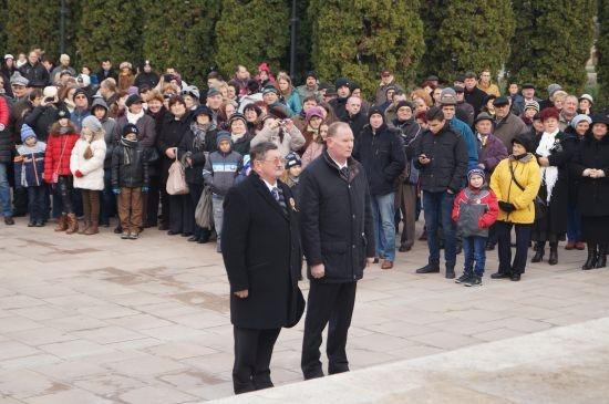 Primarul UDMR din Carei REFUZĂ eșarfa tricoloră