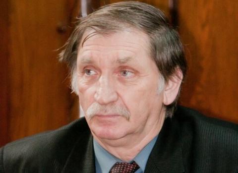 Protest al societăţii civile: Stopaţi abuzurile UDMR împotriva scriitorului Nicolae Băciuţ