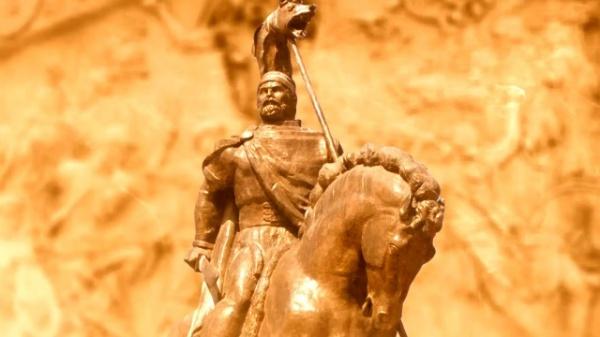 Eminescu – prima jertfă pe altarul Daciei Mari
