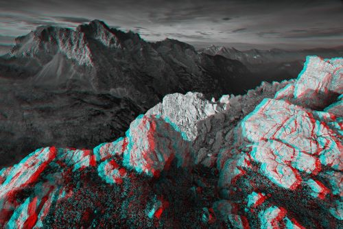 Expoziție de fotografii tridimensionale