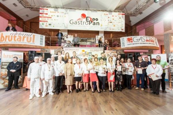 GastroPan: Locul II  la secţiunea ,,Tortul Anului 2015'' pentru Fantezia Decor din Satu Mare