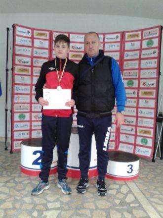 Denis Ţicle, vicecampion naţional la suliţă. Ştefania Bihori revine cu bronz