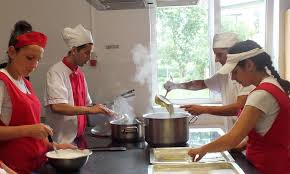 Cursuri de calificare pentru bucătari la Carei