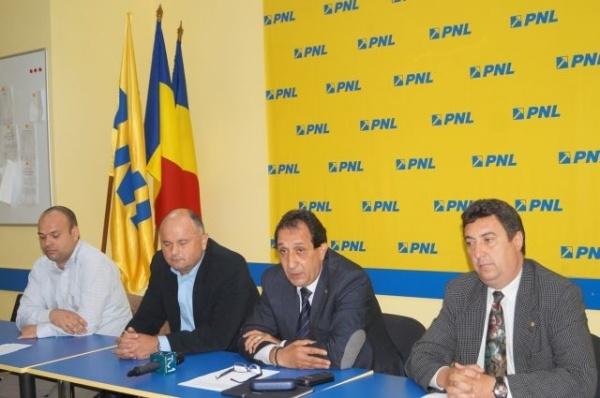 Conferinţă de presă la PNL Carei