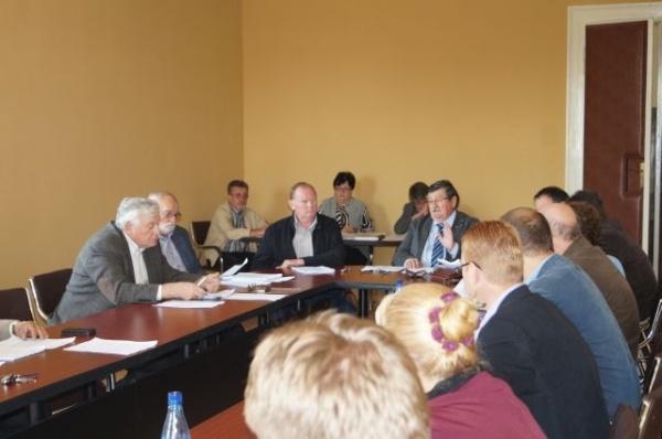 Primarul Kovacs acuză  televiziunile judeţene de minciună