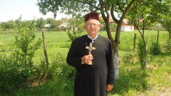 Preotul din Ianculeşti iese la pensie din luna mai. Foarte multe cereri pentru postul de preot paroh