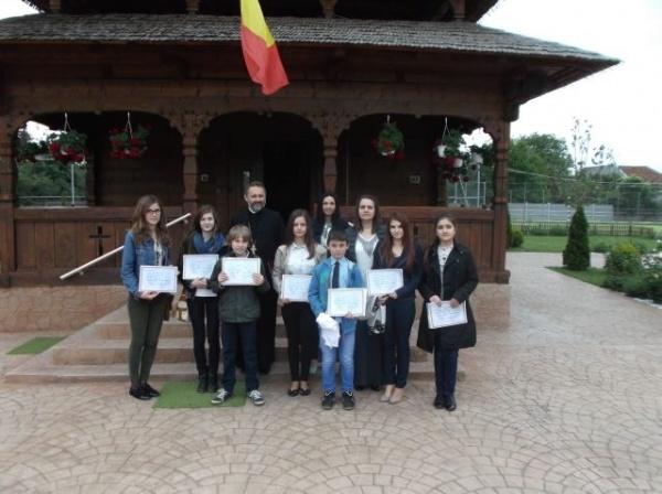 Elevi careieni premiaţi la Olimpiada de Religie Ortodoxă