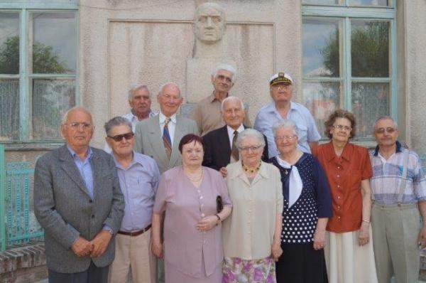 Tinerii de acum 61 de ani