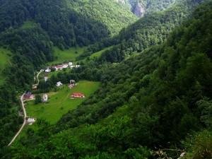 Cele mai frumoase locuri de vizitat în MUNȚII APUSENI