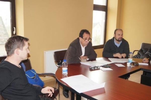 Consilierul Ciută solicită maşină pentru Centrul Cultural Carei