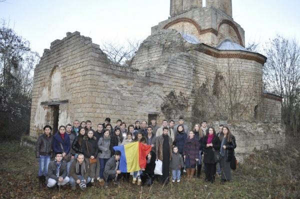 Românii din Valea Timocului sunt lipsiţi de drepturile lor fireşti