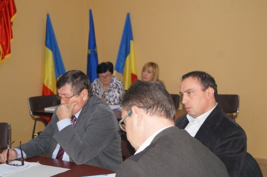 Şedinţa Consiliului Local Carei. Cu bugetul pe masă