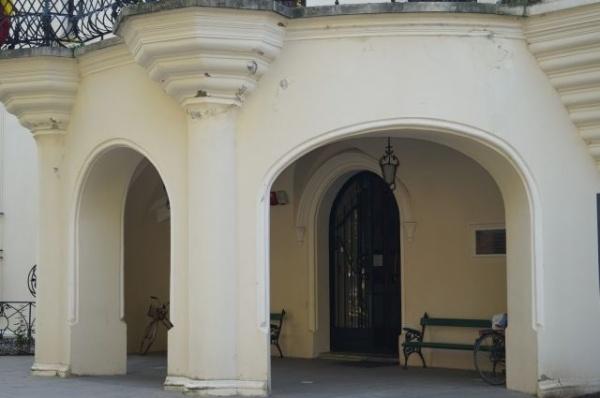 Controale la Castelul Károlyi