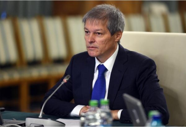 Cioloș iese la atac în ţara cu programatori recunoscuţi internaţional şi cele mai proaste servicii virtuale