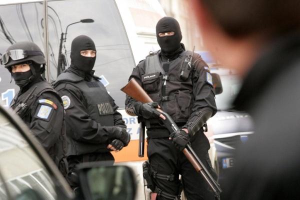 Biroului de Investigaţii Criminale Satu Mare şi Serviciului de Acţiuni Speciale sprijină Poliţia Carei pentru prinderea unei hoaţe de 31 de ani