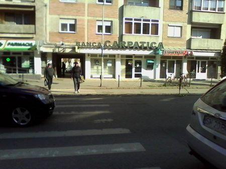 A plecat şi Banca Carpatica