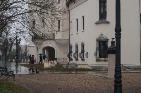 Primăria Carei semnează contract de pază la Castel cu o firmă  din Bucureşti