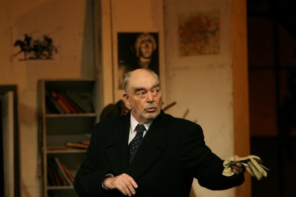 Mircea Albulescu părăseşte astăzi scena vieţii