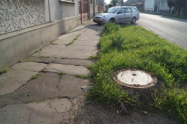"""Kovacs: """"După părerea mea, trotuarele din Carei sunt circulabile….."""""""