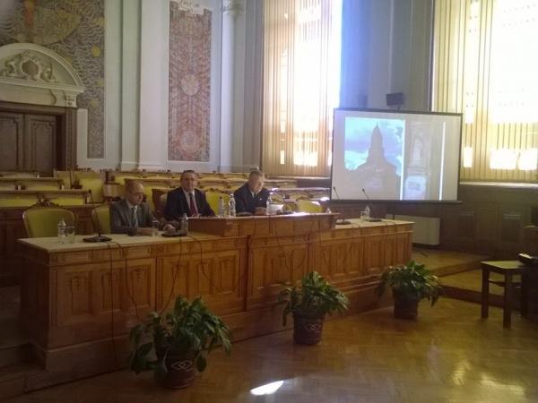 Istoricii români solicită schimbarea ponderii istoriei în curricula şcolară
