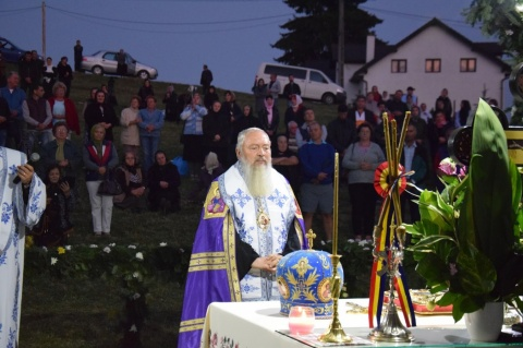 IPS Andrei, la hramul Mănăstirii Piatra Fântânele