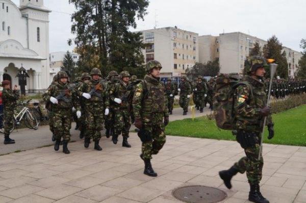Armata a sosit la Carei. Ultimele repetiții pentru Ziua Armatei
