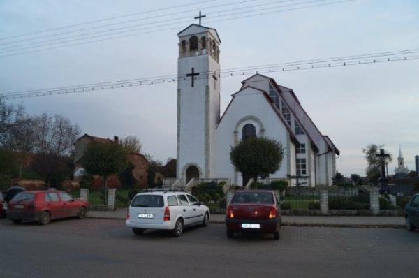 Biserica Sf.Apostol Andrei din Carei există chiar dacă nu apare pe Harta Carei