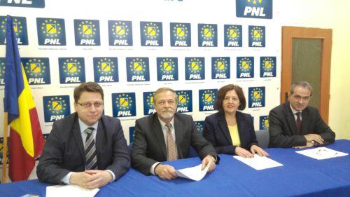 Dacian Cioloș este candidatul PNL pentru prim-ministru iar  Platforma #Romania100 devine parte din programul PNL
