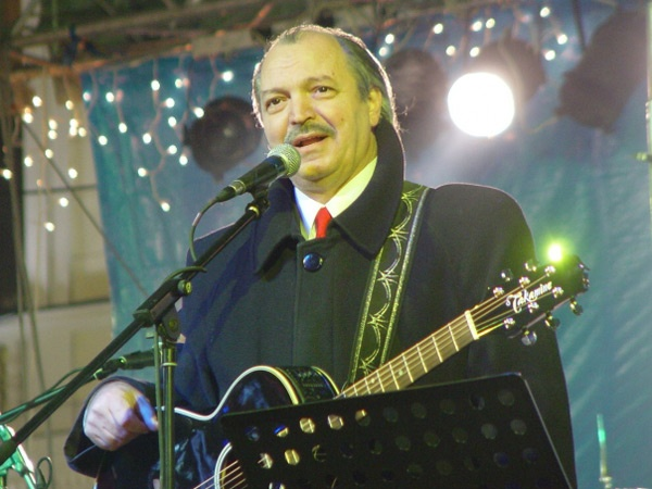 Victor Socaciu revine în ţară. A renunţat la calitatea de șef al Consulatului General al României la Montreal