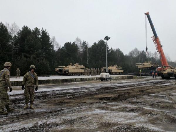 Vin americanii. Sute de militari americani cu tancuri sunt în drum spre România