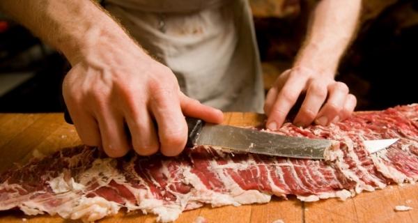 ,,Ciontolitor tranșator carne,, meseria cea mai căutată în Irlanda