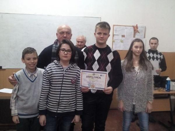 Sătmărenii au dominat competiţia de şah pentru elevi de gimnaziu. Niciun concurent din Carei