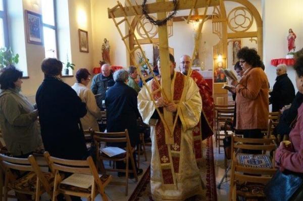 Calea Crucii la Biserica Sf.Anton din Carei