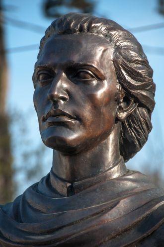 Bustul lui Mihai Eminescu de la Carei a fost dorit doar de ASTRA Carei