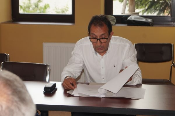 Consilierul Ciută  atrage atenţia că taxa suplimentară de mediu facturată de Florisal în ultimele luni nu a avut aprobarea Consiliului Local Carei