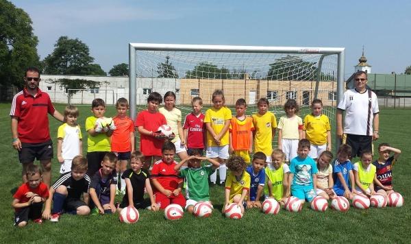 Fotbal feminin Carei. Meciuri  de pregătire