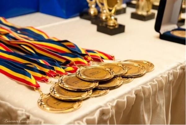5 elevi sătmăreni au revenit cu premii de la Concursul de geografie TERRA – etapa națională 2017