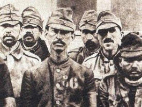 Omagiu adus prizonierilor români decedați în Franţa în Primul Război Mondial. Moţii care au luat parte la Bătălia de la Marna