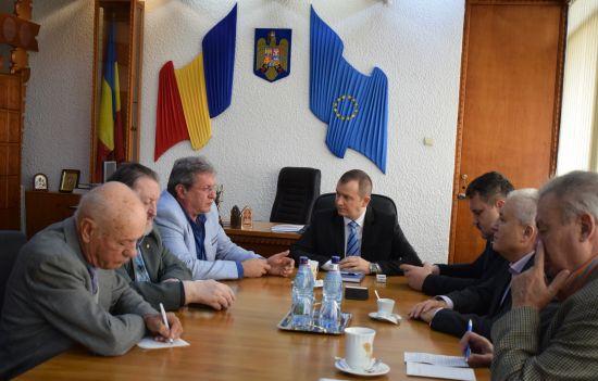 Întâlniri ale conducerii judeţului cu reprezentanţii Ordinului Militar de România