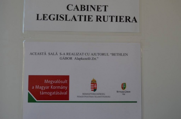 Cabinet ultramodern de legislație rutieră la un liceu din Carei, finanţat de Guvernul Ungariei şi inaugurat în lipsa simbolurilor româneşti