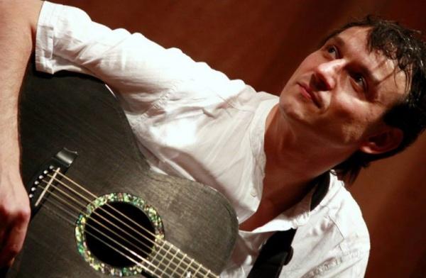 """Andrei Păunescu, preşedintele juriului Festivalului Concurs Național de Muzică Folk """"Octavian Bud"""""""