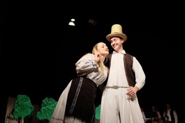 Dragobetele sărbătorit la Teatrul Municipal Carei