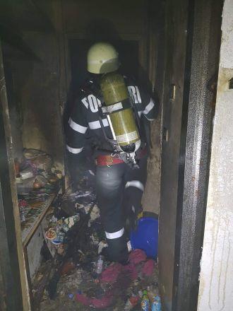 Pompierii au intervenit în 2 situaţii de urgenţă