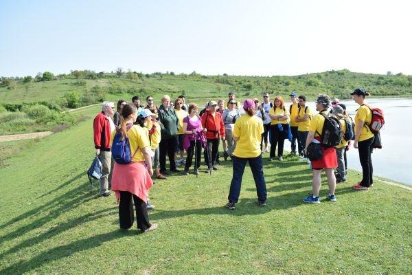 CUTEZĂTORII MUNȚILOR  au ieşit la ecologizarea barajului Hodişa