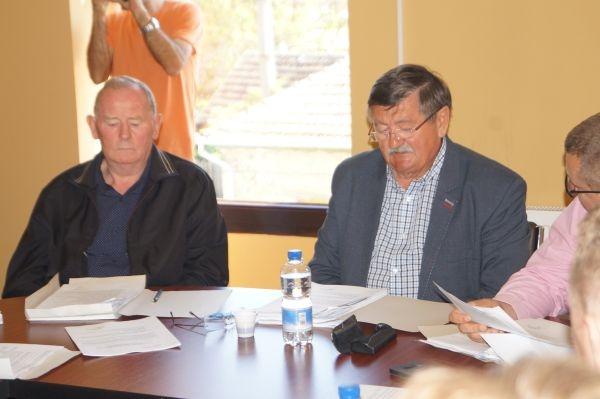 ,,NU Provocaţi Maghiarii!,, spune primarul Kovacs ca motivaţie la refuzul amplasării unui catarg românesc în Carei. Preşedintele PSD Carei  vrea să îşi însuşească iniţiativa ASTRA Carei