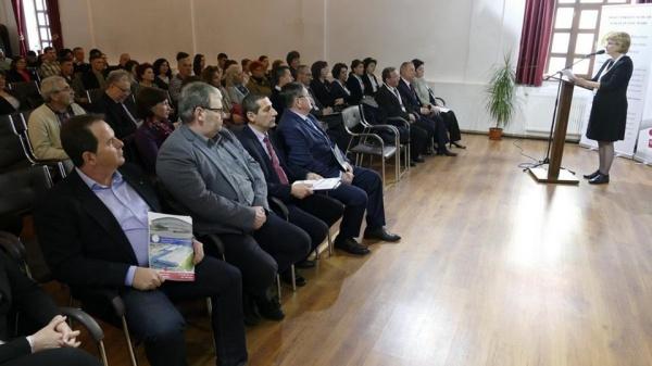 28 elevi din 16 judeţe la etapa naţională de la Carei a Olimpiadei de Tehnologii