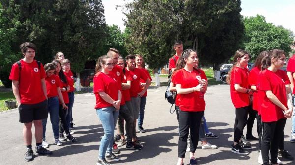 2 echipaje din Carei la concursul Sanitarii Pricepuţi. Liceul Teoretic obţine locul II